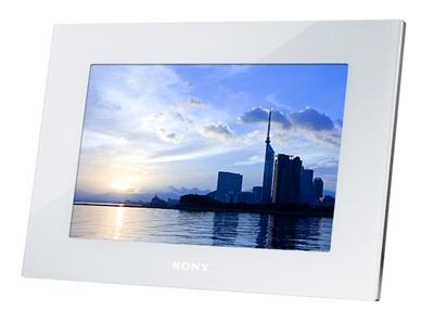 http://d4w9i1j5cm7ll.cloudfront.net/o/C001/magazine/news/news3/n5069-1.jpg