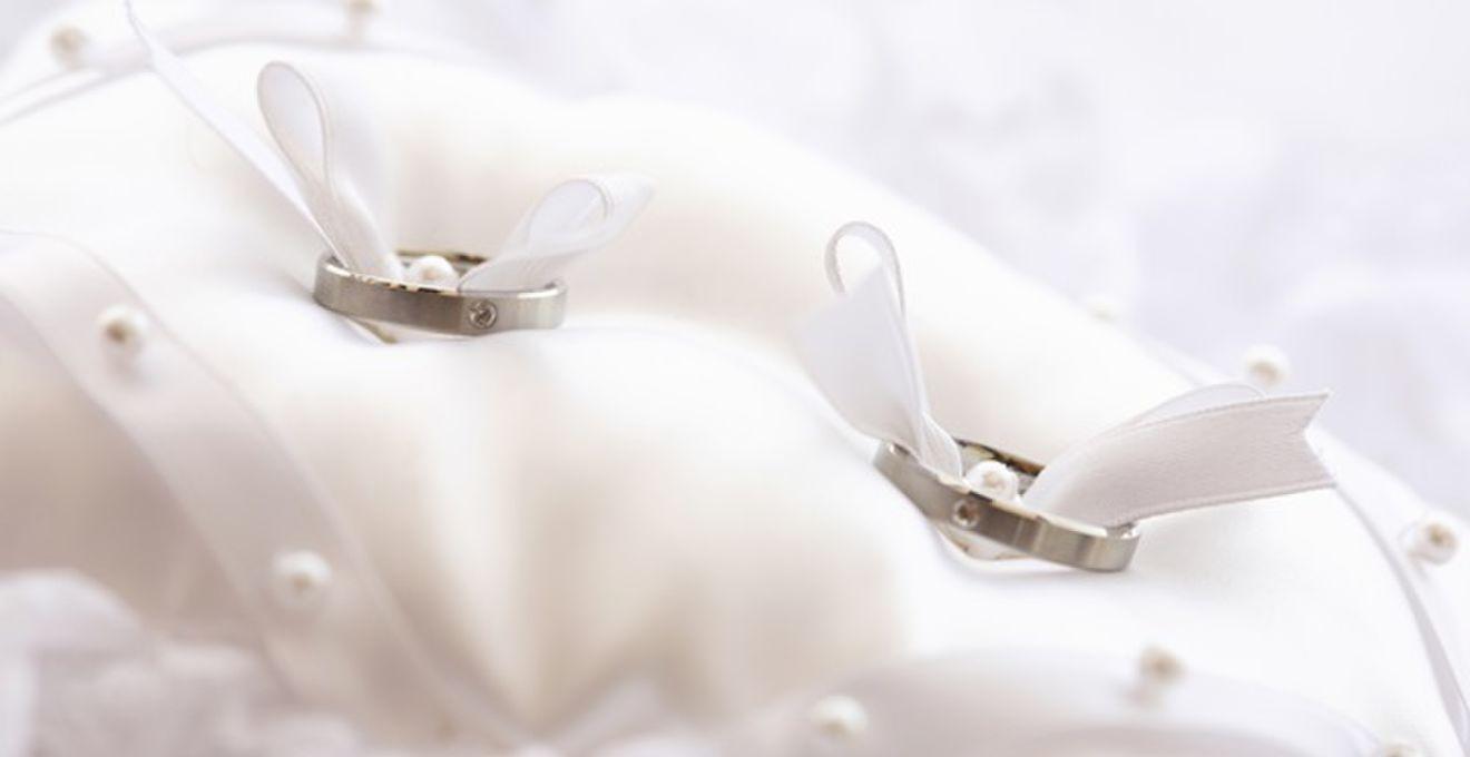 先輩カップルに聞きたい結婚指輪&婚約指輪選びのポイント