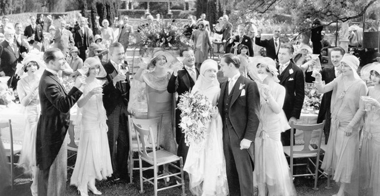 結婚式のプロフィールムービー、作り方から曲・コメントや実例集まとめ
