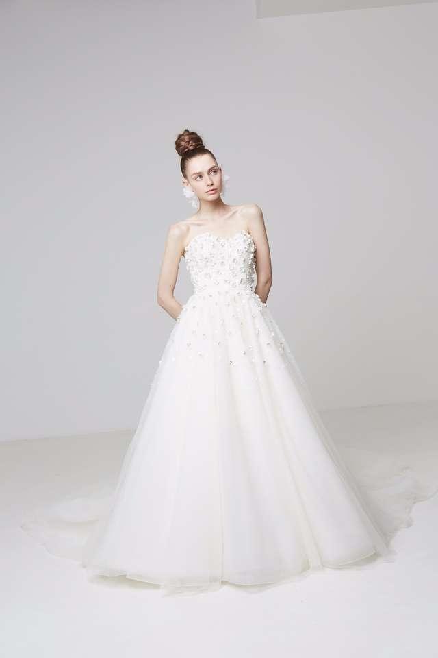 お姫様 ドレス イラスト 綺麗