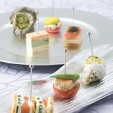『旬』や『彩り』を大切に四季折々のが厳選した食材でお料理をご用意いたします。