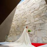 日本の代表的な建築家の一人として知られる竹原義ニ氏が手掛けた独立型チャペル