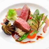 メインのお肉お料理はゲストにとって重要☆
