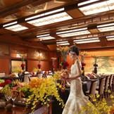 贅沢な和の装飾が施された和室宴会場。見たこともないような空間では和装はもちろん、ドレスの撮影も大人気!