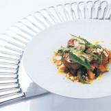 レストラン営業と同じく、出来たてのお料理を絶妙のタイミングでサービスいたします。