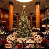 ウェスティンホテル東京ならではのロビーのクリスマスツリー