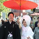 神社婚、参道では晴れやかな笑顔が!!