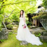 日本庭園でのドレス撮影も素敵です