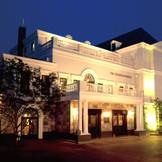英国の古き良き時代を再現した重厚な雰囲気の迎賓館「ザ・ジョージアンハウス1997」