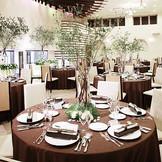 パーティ会場『アルコバレーノ』(収容100名)/「やりたいことが全部叶って大満足!」という声も多数!空間を自由に使ってゲストを巻き込んだ楽しいパーティを。隣接のインドアガーデンまでも贅沢に利用して