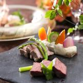 フレンチと和食、専属のプロが織り成す「和魂洋才」をオリジナル料理で堪能して