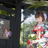 日本の美意識が息づく門構え。