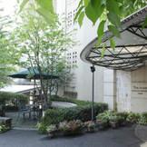 季節の草花に囲まれたプチホテル♪