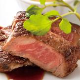 ゲストアンケート人気No.1の「黒毛和牛ステーキ」フェアで試食体験しよう!