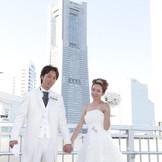 横浜のシンボル「ランドマーク」 を背に写真撮影♪ スナップデータで撮影できます!!