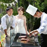 ガーデンにてシェフが目の前で調理する鉄板料理は、大人気のメニューです!!!