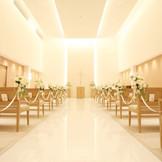 Garden Chapel Philharmony 両家の調和を生み出す上品で清楚な空間(最大着席数108名)
