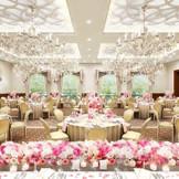 【リニューアル】リュクス クラシカル 木目調のお部屋は、おとぎ話に出てくるような王道のパーティ空間に!