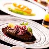 シェフたちの気持ちが伝わる一皿はじっくり手間ひまかけた一皿。ゲストに至福の時間を提供できる。