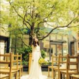 都会の中心でありながら、豊な緑に囲まれたテラス結婚式★