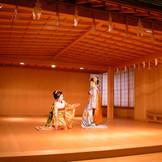 京のおもてなし 祝舞が挙式と披露宴の間に鑑賞いただける演出も!伝統芸能と檜の香り漂う場所で味わってください
