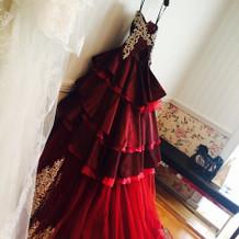 支度前のドレス