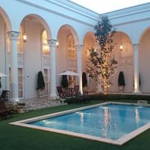とっても雰囲気がいい中庭!