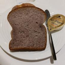 パンもすごいおいしいです