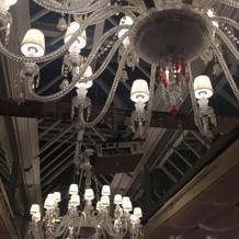 披露宴会場1の天井