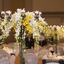 テーブルの花①