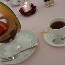 デザートと紅茶
