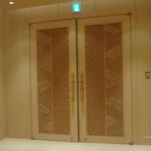 神殿入り口