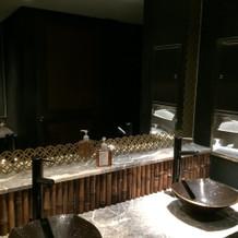 ゲストが使う洗面台もシンプル