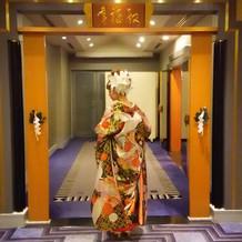 神前式入口前にて