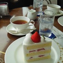 披露宴で出されるケーキ