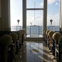 チャペルから眺める海