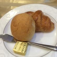 パンは割と普通です。