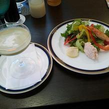 レストランでコースを食べました