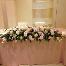 メインテーブル装花例