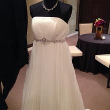 シンプル且つオシャレなドレス