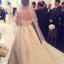 白ドレス後ろリボン&マリアベール