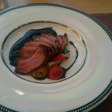 鴨肉メイン