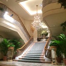 大階段が雰囲気良かったです