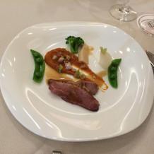 お料理二品目 鴨肉のロースト
