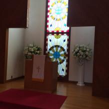 挙式会場祭壇