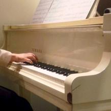 ピアノを使った演出も可能。