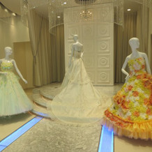 式場内のドレスショップ