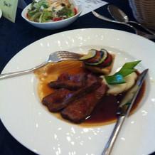 お肉料理。