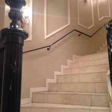 この階段で写真撮影をするそうです。