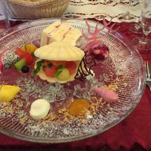 デザートは、彩りがステキでした